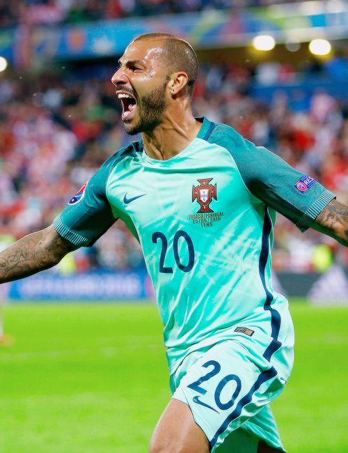 Ricardo Quaresma of Portugal celebrates scoring the winning goal... - http://euro2016.abafu.net/football/ricardo-quaresma-of-portugal-celebrates-scoring-the-winning-goal