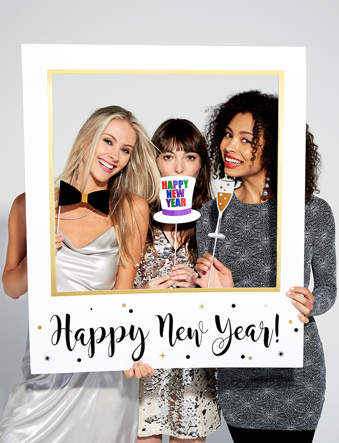 How to Throw the Ultimate New Year's Eve Party   New years ...