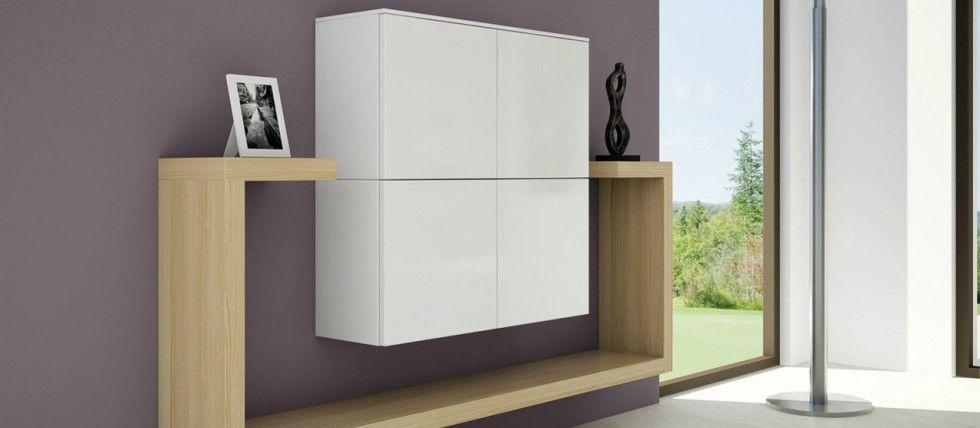 Beautiful Meuble Bar Blanc Design   Un Meuble Très Tendance Accompagné De Deux  étagères Murales En Bois