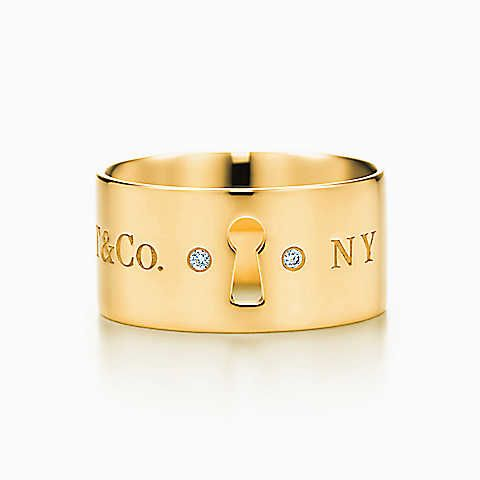Anello Tiffany Locks in oro 18 ct con diamanti.