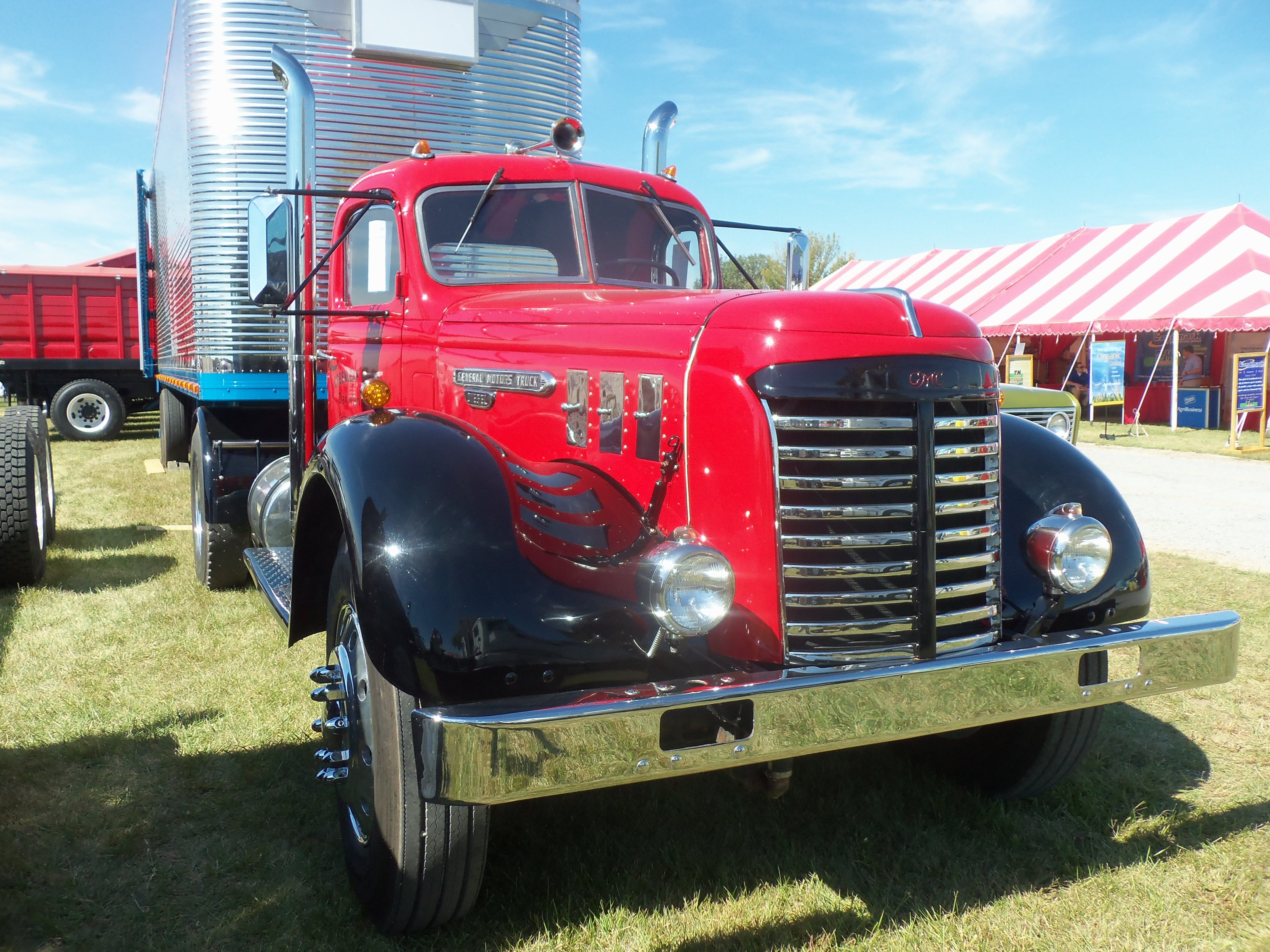 Red 1947 GMC ADC 903 with Detroit Diesel 6-71 | My truck