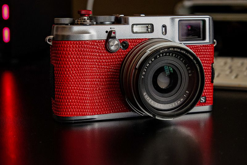 My red Fuji X100S.  Leatherette by Asi-Akahi.