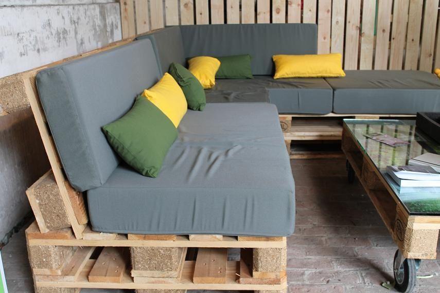 Construire un salon de jardin en bois de palette Idées pour la - Montage D Un Garage En Bois