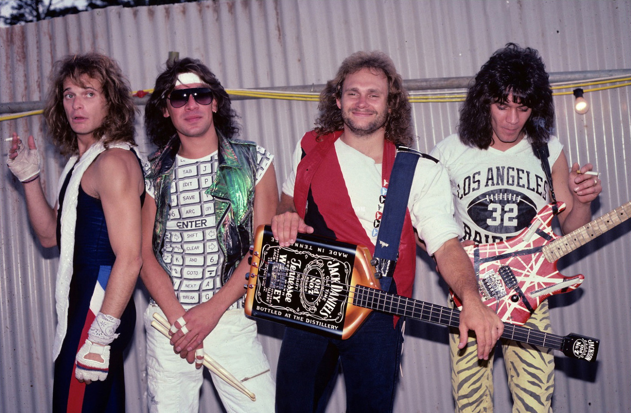 Pin By Jes Tart On 80s In 2020 Van Halen Eddie Van Halen Halen