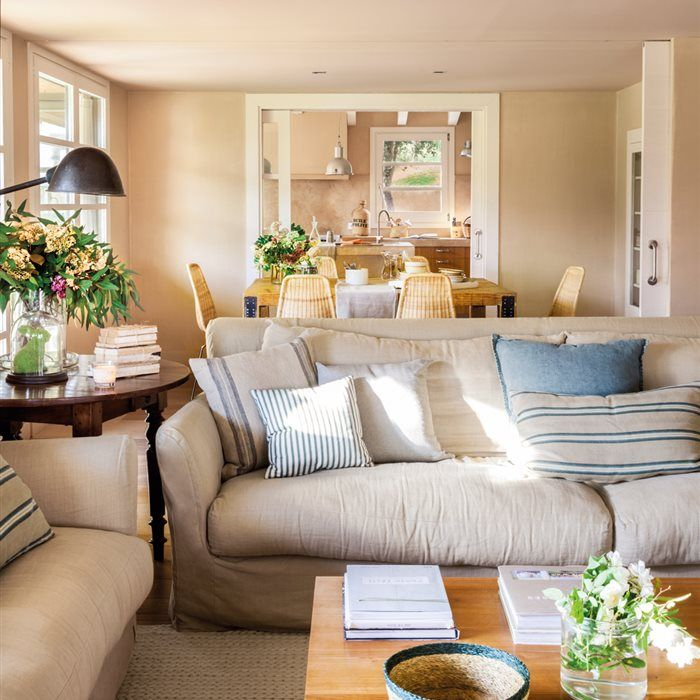 Fotograf as e ideas de decoraci n y muebles de recibidores for Decoracion salon clasico