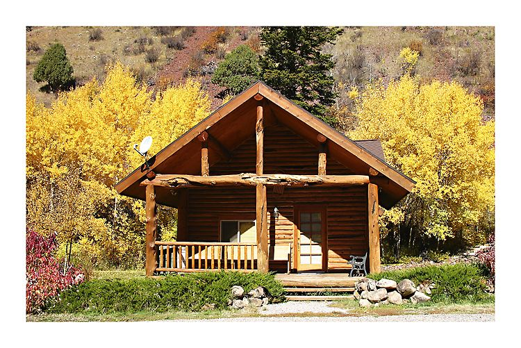 In Afton Wyoming, Wyoming Cabins, Wyoming Rental Cabins.