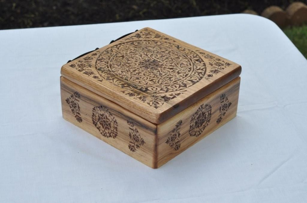 Chip carved celtic designed box via etsy wood carving