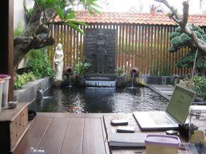 tips dan contoh bentuk kolam ikan di rumah minimalis