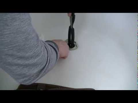 ... How To Remove A Corroded Bathtub Faucet ...