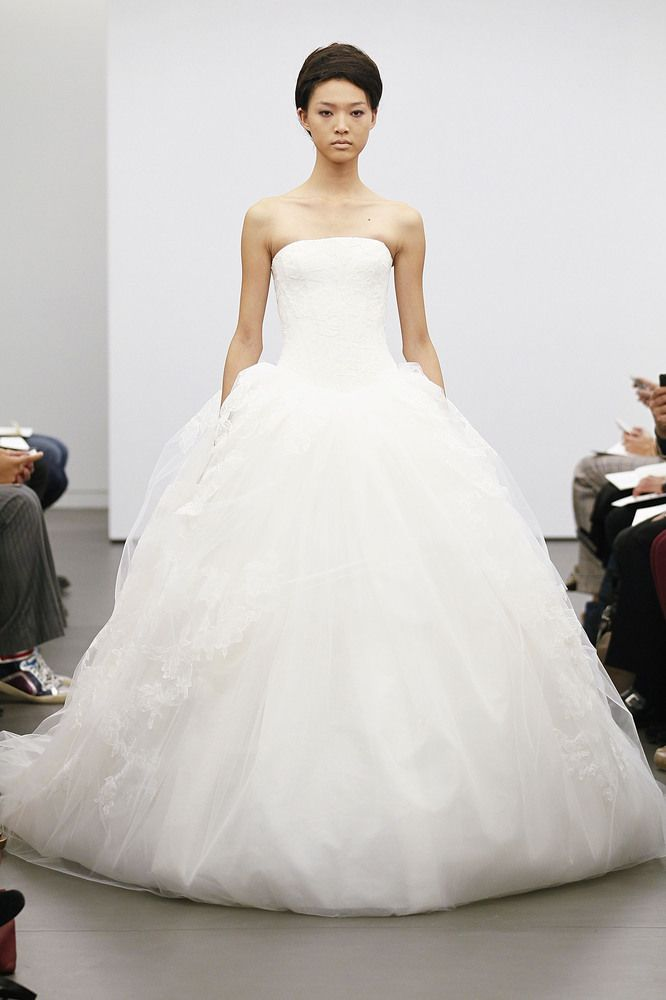 Vera Wang\'s Fall 2013 Bridal Collection from New York Bridal Fashion ...