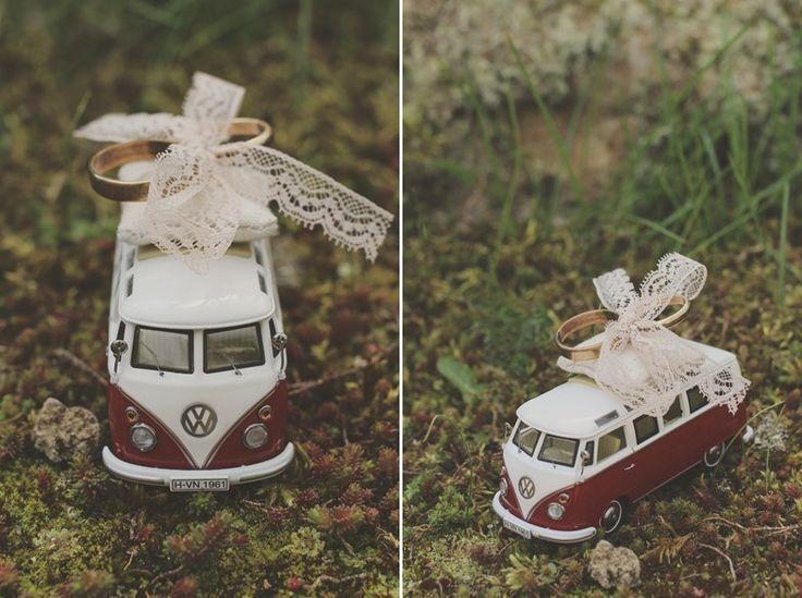 DIY Oldtimer Ringkissen // Oldtimer-Ringkissen  – Hochzeit Diy – #DIY #Hochzeit …