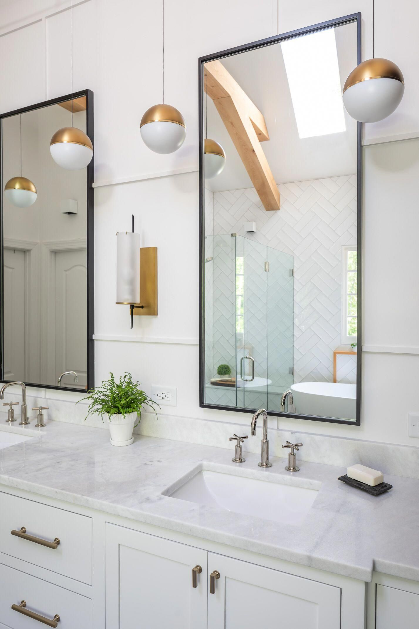 60 Bathrooms Black and White Decorated Beautiful