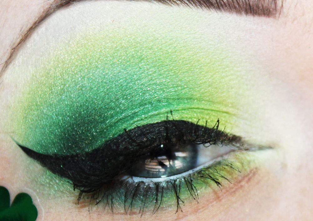 Eye make up for St. Patrick's Day