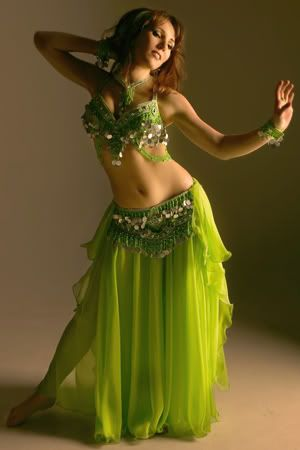 ffcc3ad5c lime green - beautiful | Bellydance | Trajes de danza arabe, Trajes ...