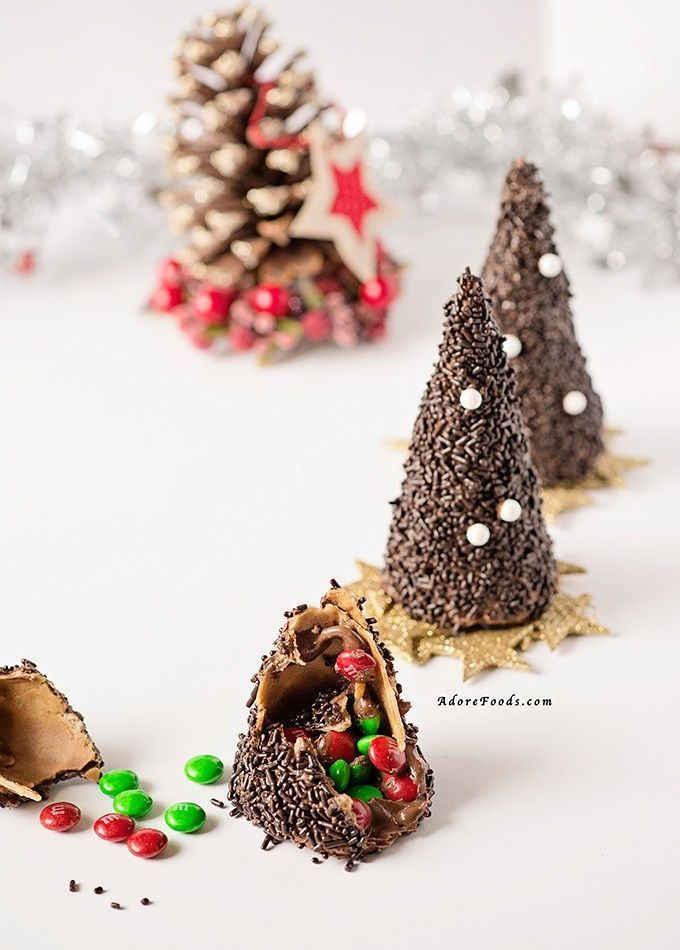 Photo of Chocolate Christmas Tree Edible Piñata