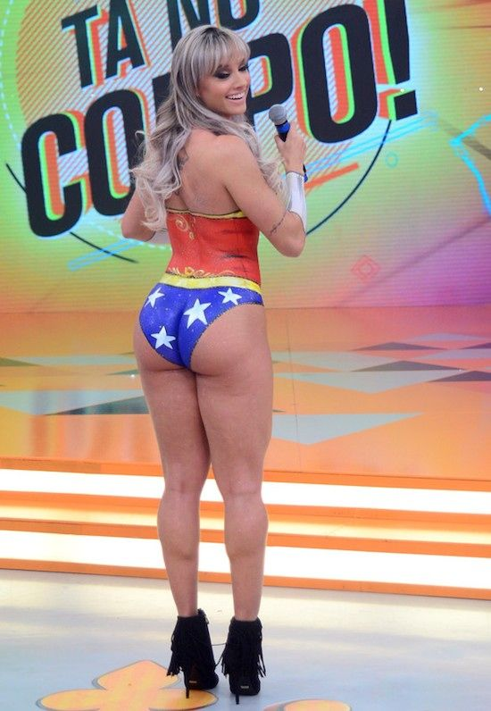Wwe stephanie mcmahon bikini