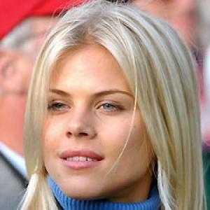 Elin Nordegren Net Worth   Swedish blonde, Elin nordegren ...