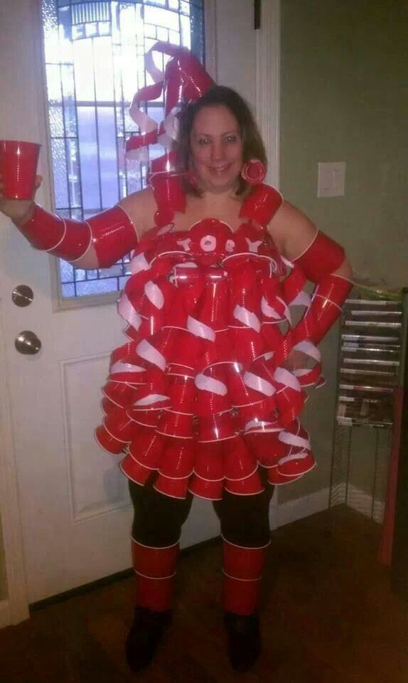The 25 Punniest Halloween Costumes | Costume Wall |Diy Halloween Costumes Red Solo Cup