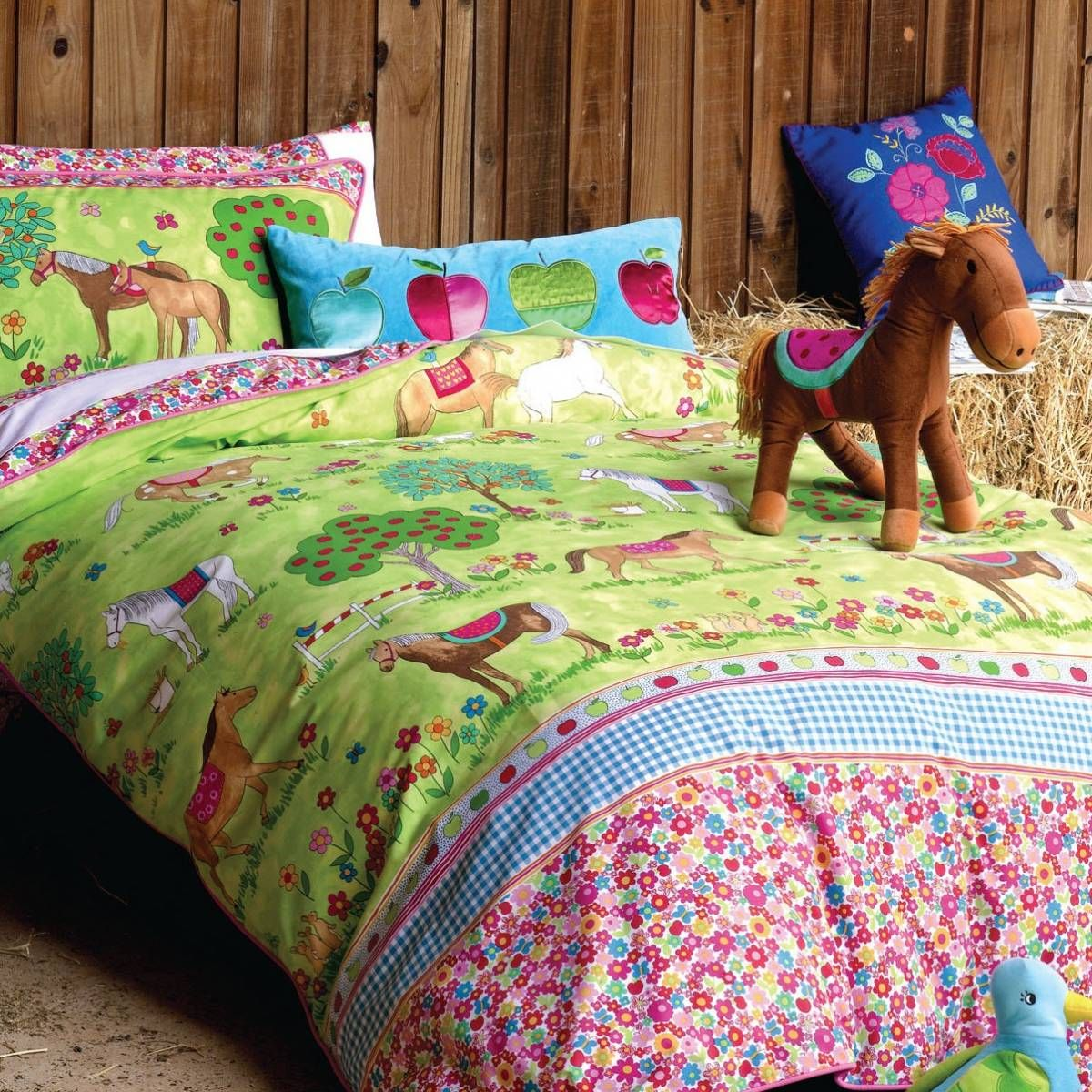 pony horse bedroom ideas horses duvet set girls horse bedding