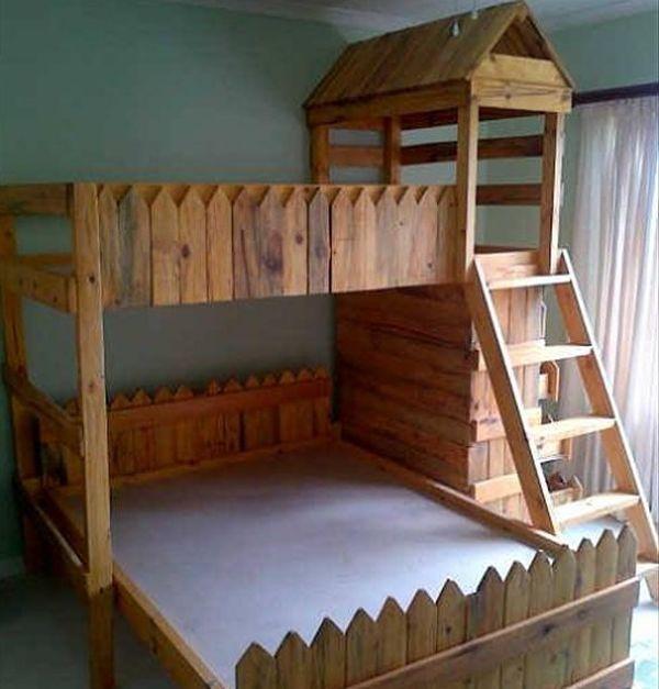 Litera para ni os hecha con palets muebles hechos con for Tarimas de madera para muebles