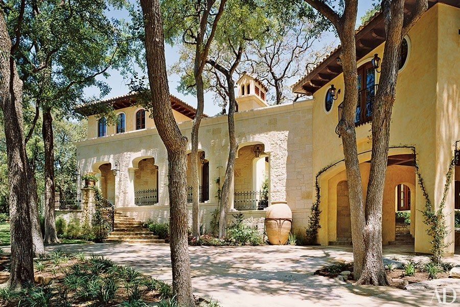 Tones of light yellow—achieved with stone instead of paint—warm up this Texas home by Houston-based designer William W. Stubbs. The palatial house, conceived as a cross between traditional Tuscan and Spanish architectures, also features a landscape designed by John S. Troy.