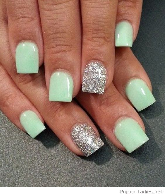 Light Mint Gel Nails With Silver Glitter