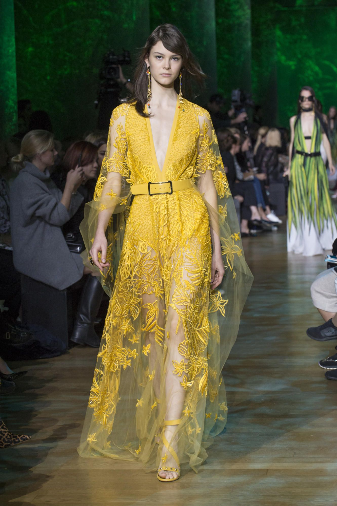 7e2061adc0 Elie Saab s Amazon-Inspired Spring 2018 Collection Is a Bit Too Glam ...