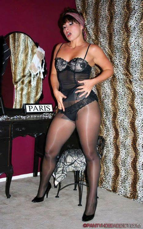 Lovers smoking hot pantyhose blonde