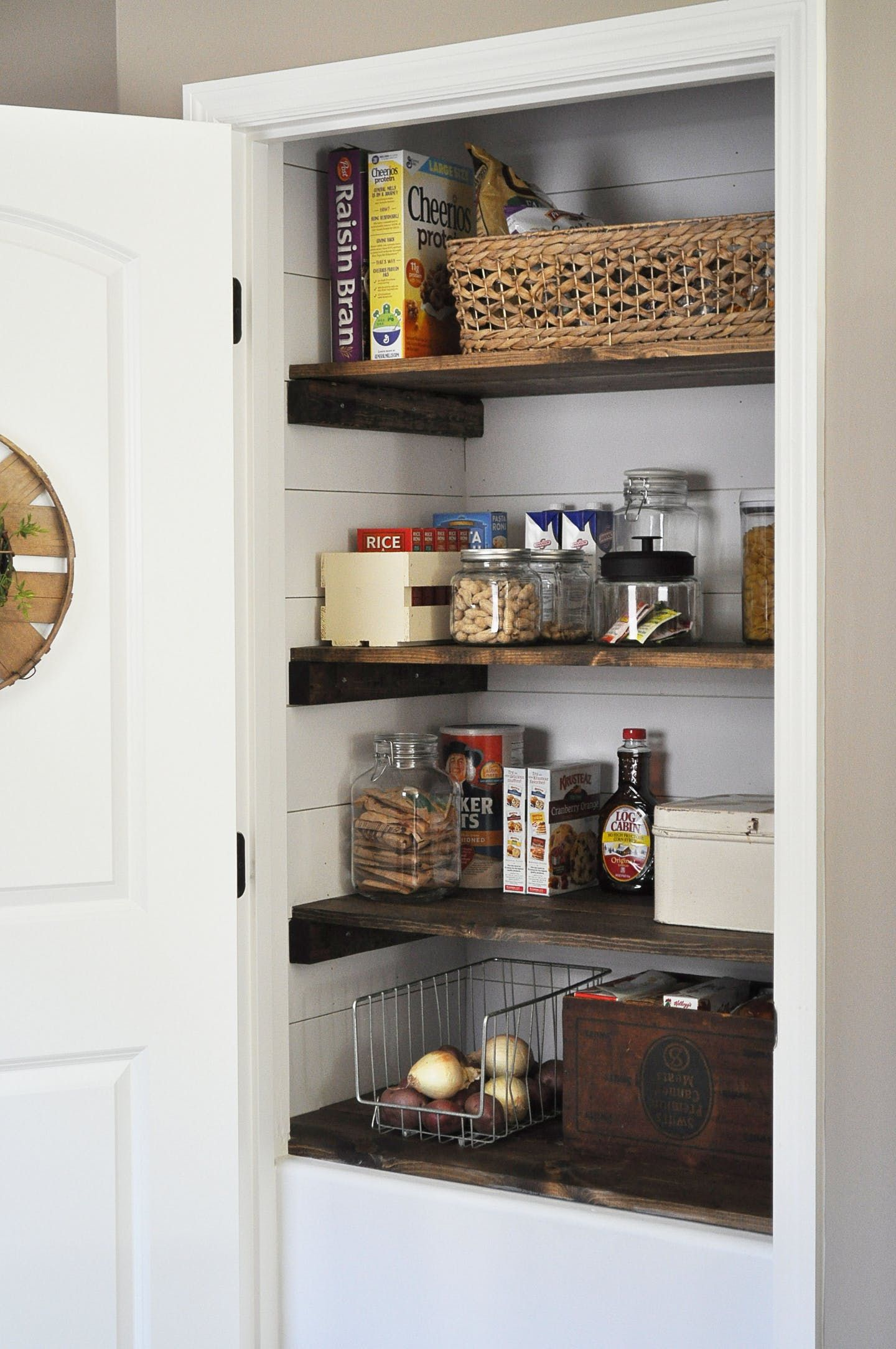 Super Adorable Farmhouse Pantry