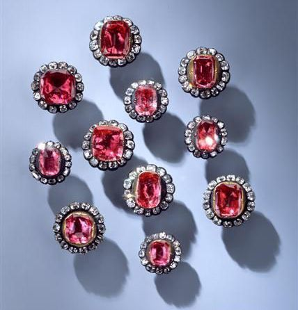 Early 18th century spinel waistcoat buttons - Dinglingerhaus, workshop of Johann Melchior - Dresden State Art Collections