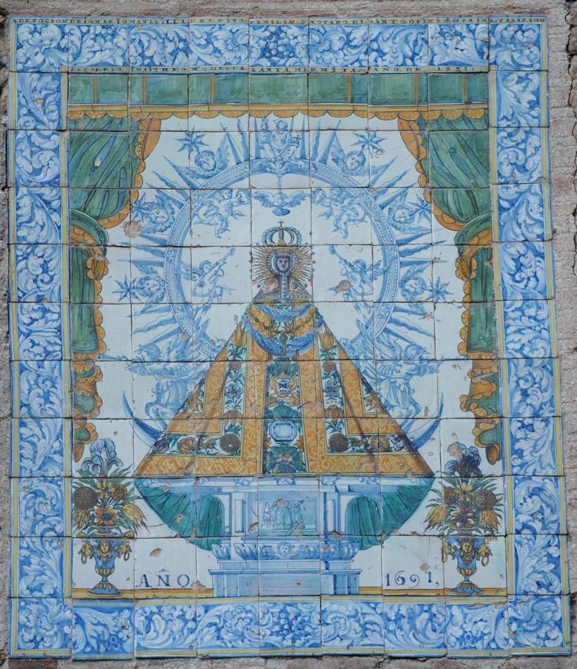 Mural de ceramica pintado en 1691 por ignacio mansilla for Calle prado 8 talavera dela reina
