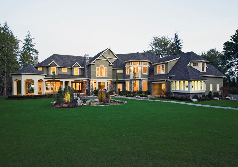 Best 25 huge houses ideas on pinterest big houses huge for Large luxury homes