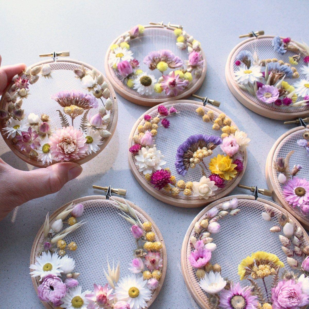 Comment Faire Un Tableau Avec Du Tissu fleurs séchées diy : 9 idées - blog déco | faire sécher des