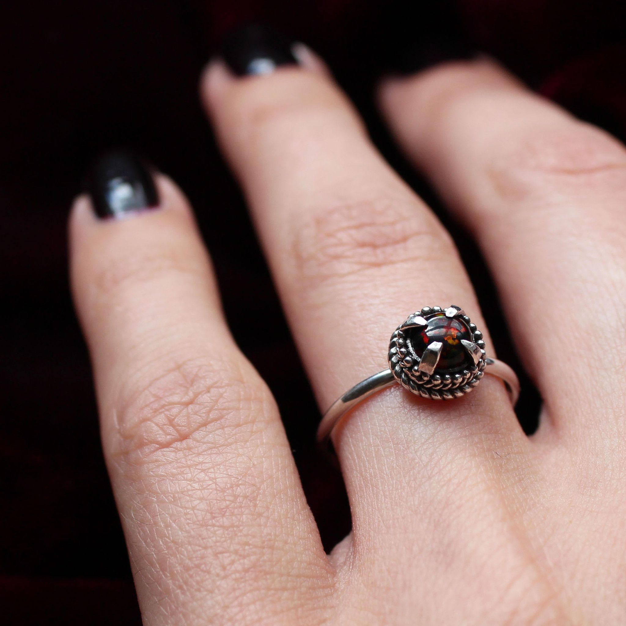 Soothsayer Blood Ring | Gothic Engagement Rings | Pinterest | Widow ...
