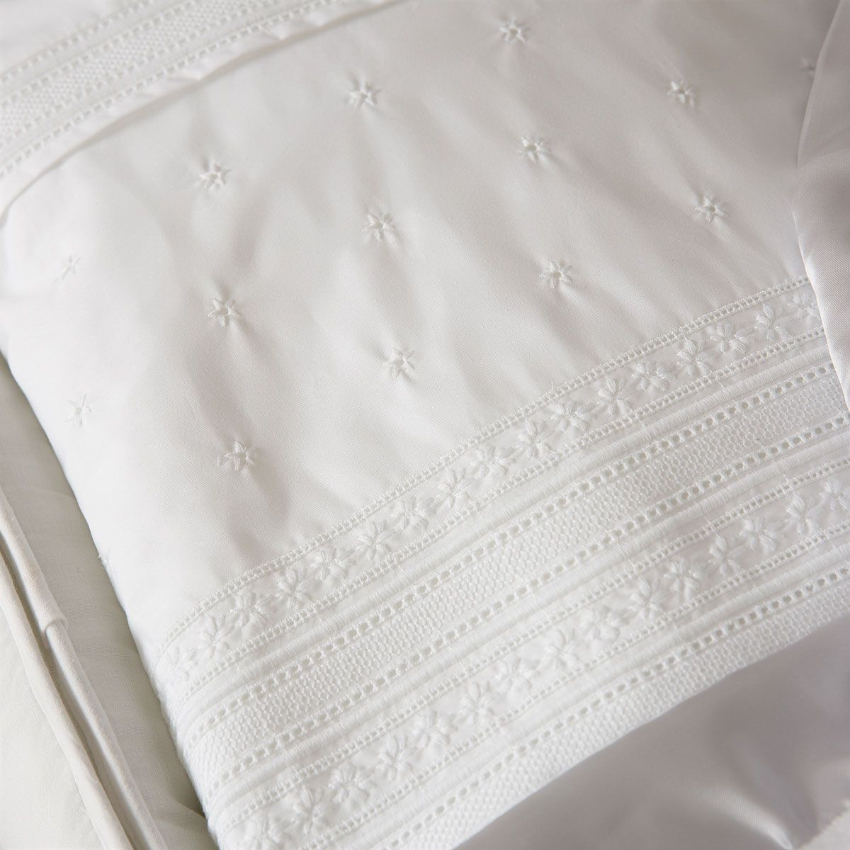 Image 2 Of The Product Embroidered Percale Cotton Quilt Bebi