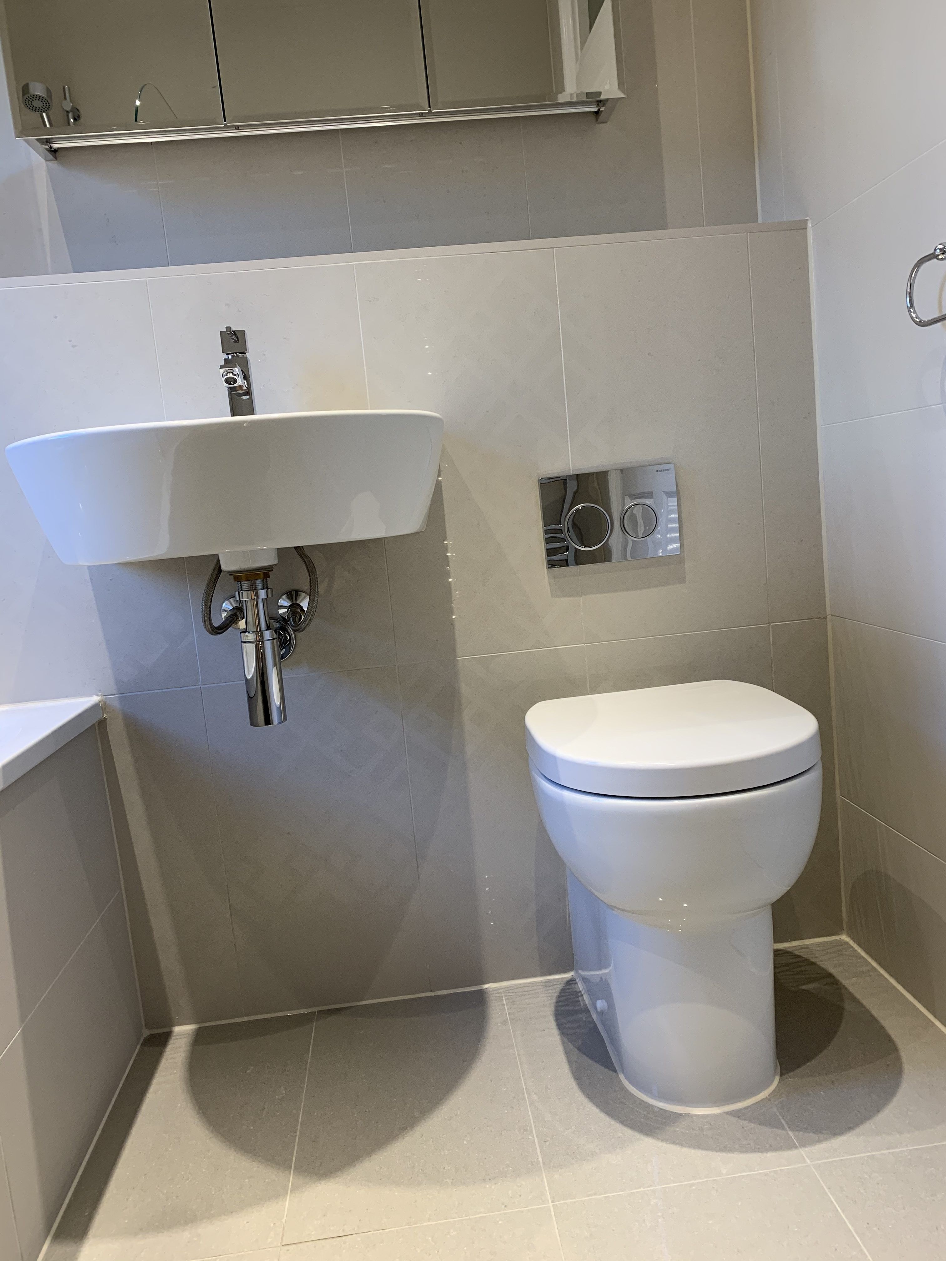 Regal Vanilla Bathroom Topps Tiles In 2020 Topps Tiles Bathroom Tile Bathroom