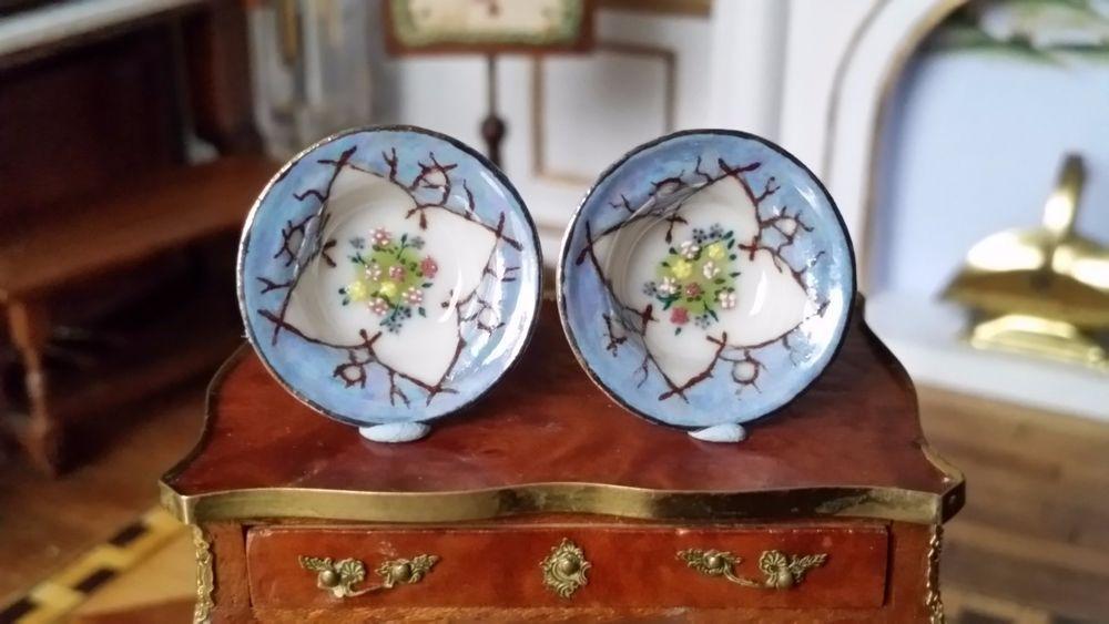 Ron Benson, IGMA fellow - Set of 2 Decorative Porcelain Bowls