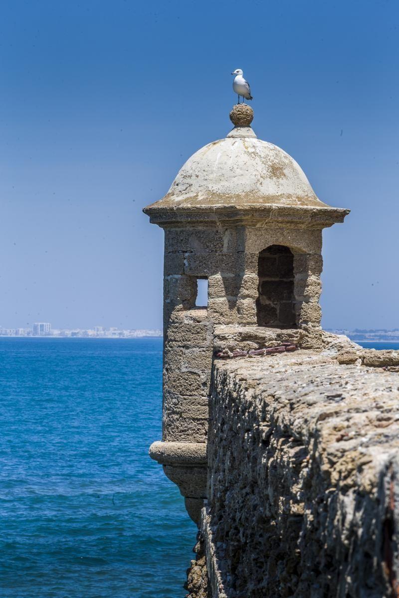 The GORGEOUS Castillo de Santa Catalina in Tarifa, Spain!