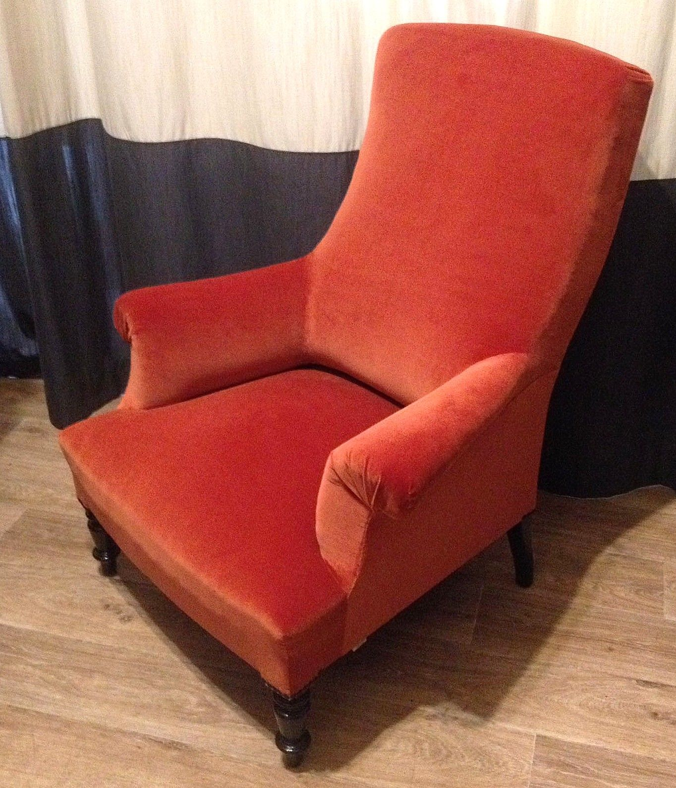 Fauteuil anglais velours Leli¨vre Our creations