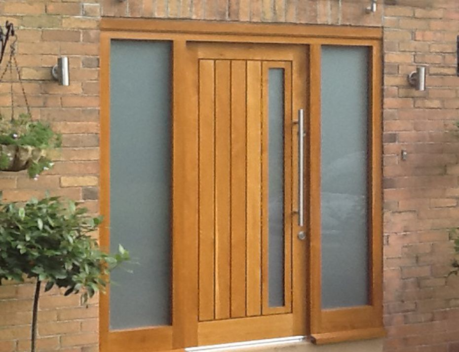 Wooden front doors external solid oak glazed exterior for Solid hardwood front doors