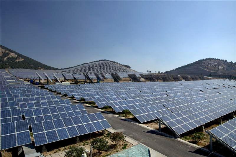 Sabias Que China Tiene Suficientes Paneles Solares Instalados Como Para Cubrir Toda La Ciudad De Mendoza 130 Con Imagenes Ciudad De Mendoza Energia Solar Energia Renovable