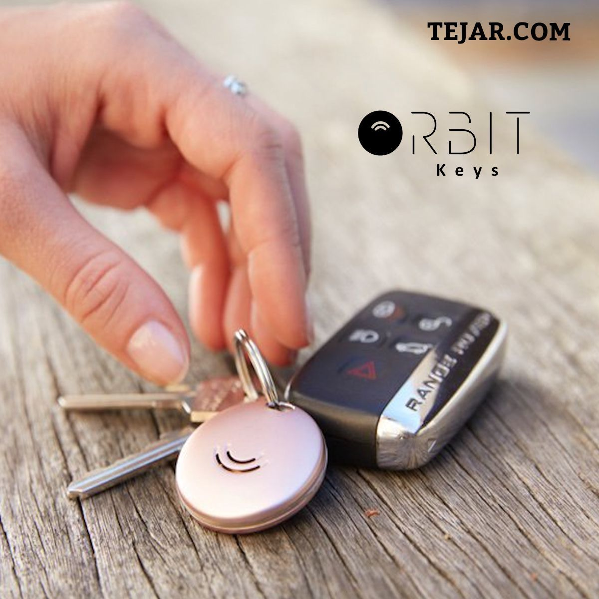 Orbit Keys #bluetoothtechnology With it's premium aluminium waterproof casing and replaceable battery; Orbit uses Bluetooth technology along with a free app to locate your keys.   #Tejar #UAE #bluetoothtechnology