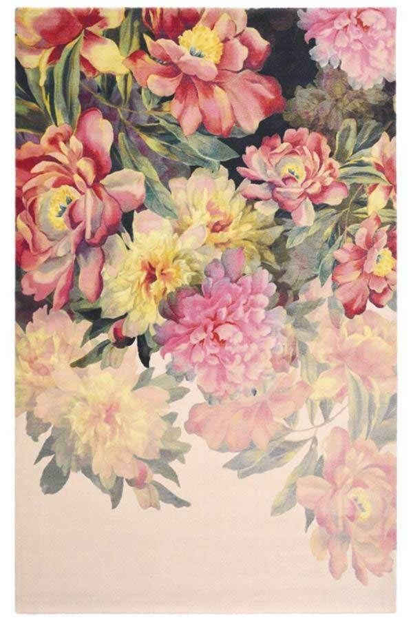 Een Indrukwekkend Vloerkleed Van Ted Baker. De Maximil Pink 57902 Is  Opvallend En Direct Herkenbaar