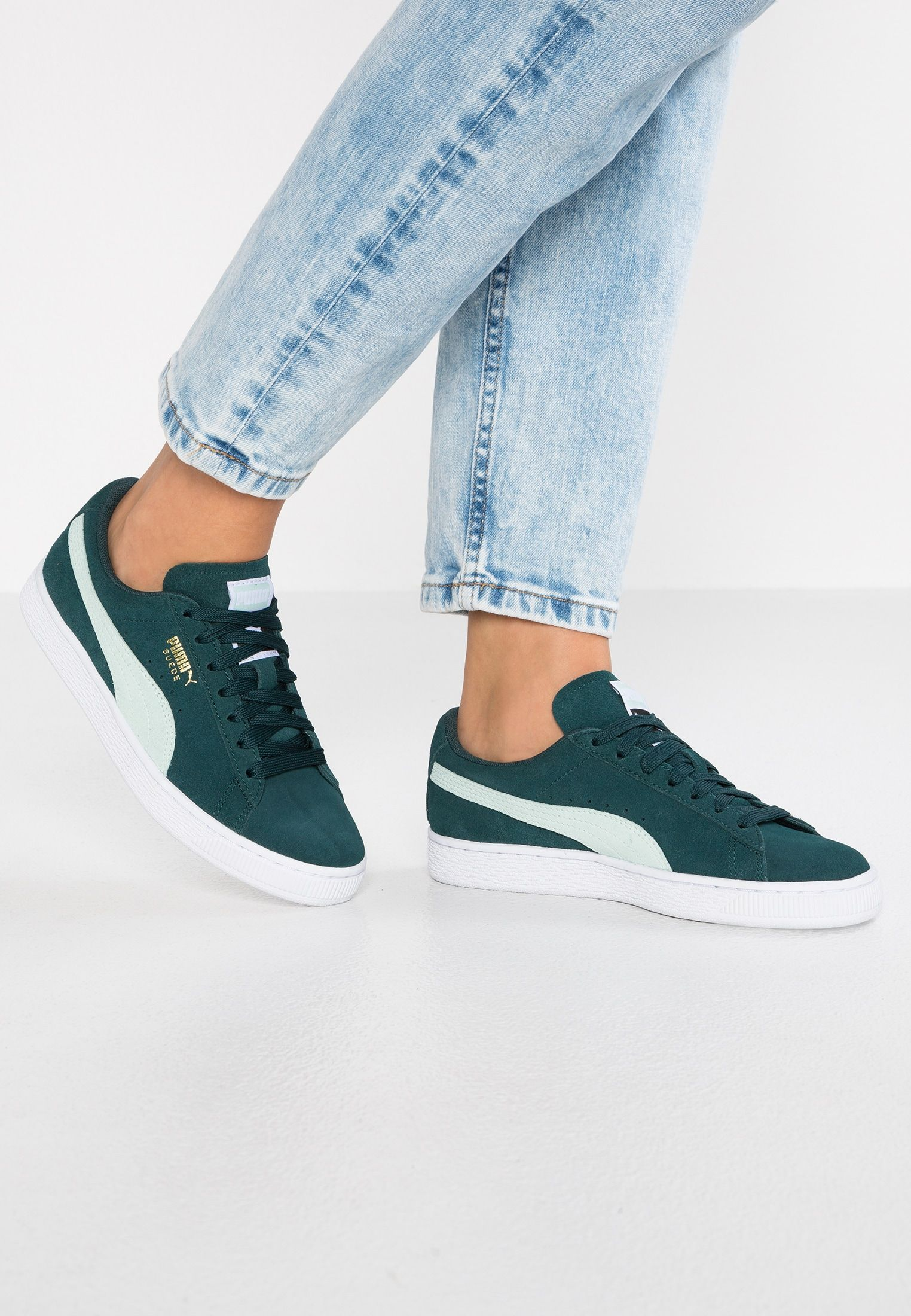buy popular 4594a 49323 Pin on Sneakers fashion