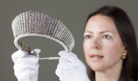 Image result for queen elizabeth kokoshnik tiara necklace