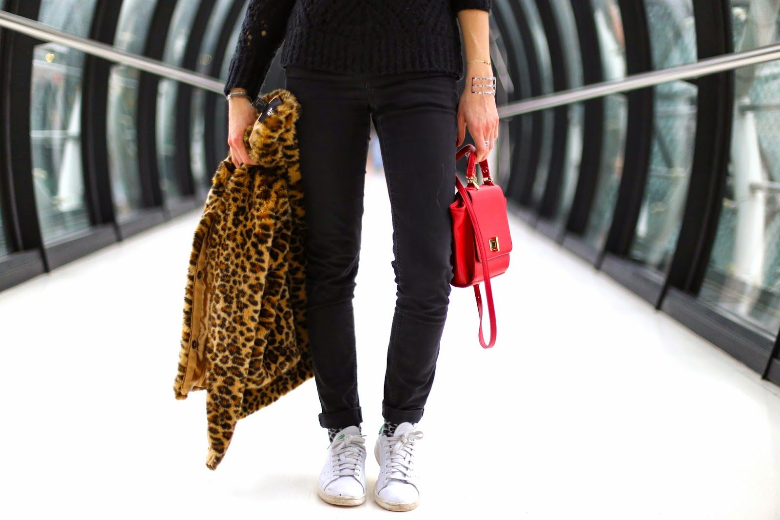 Leove on www.marieandmood.com #stansmith #ootd #outfit #paris #fashion #blogger #fbloggers #style #Look