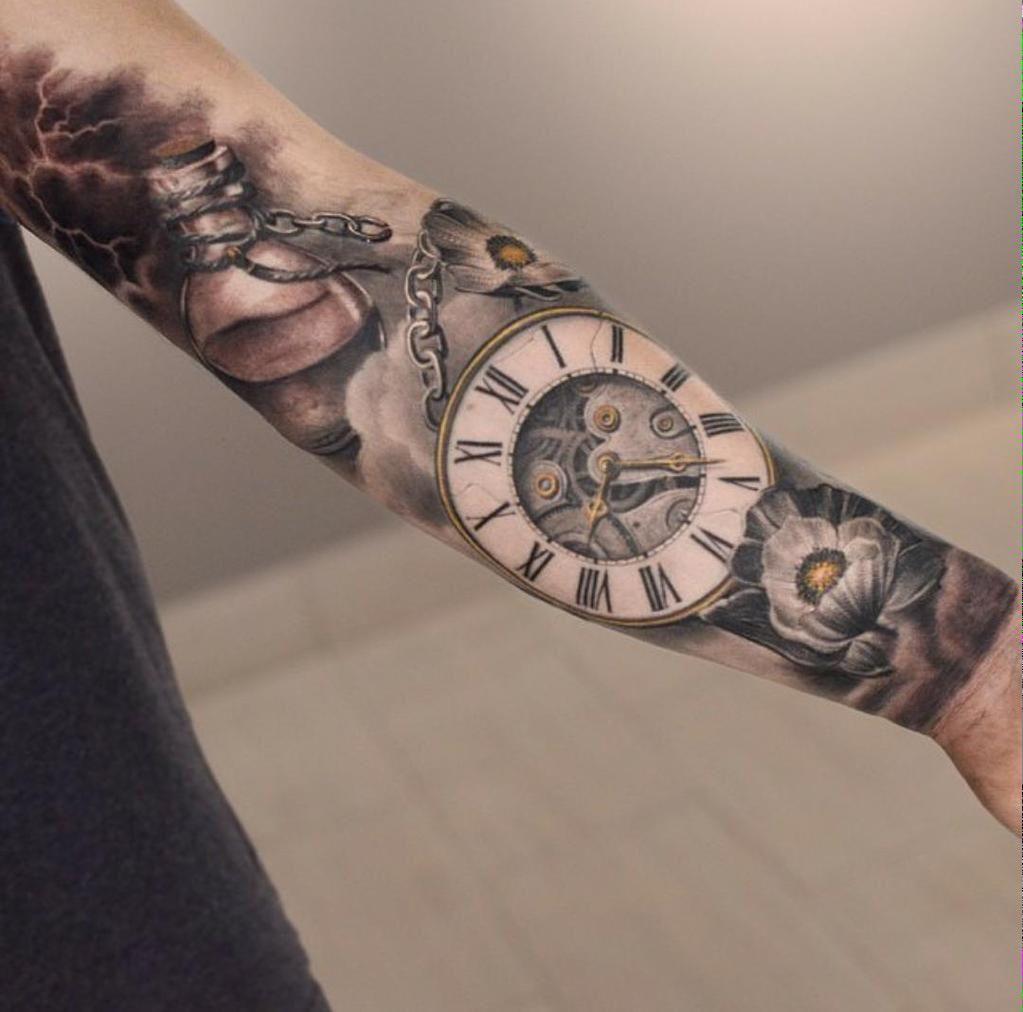 Clock Tattoo                                                                                                                                                                                 Mais