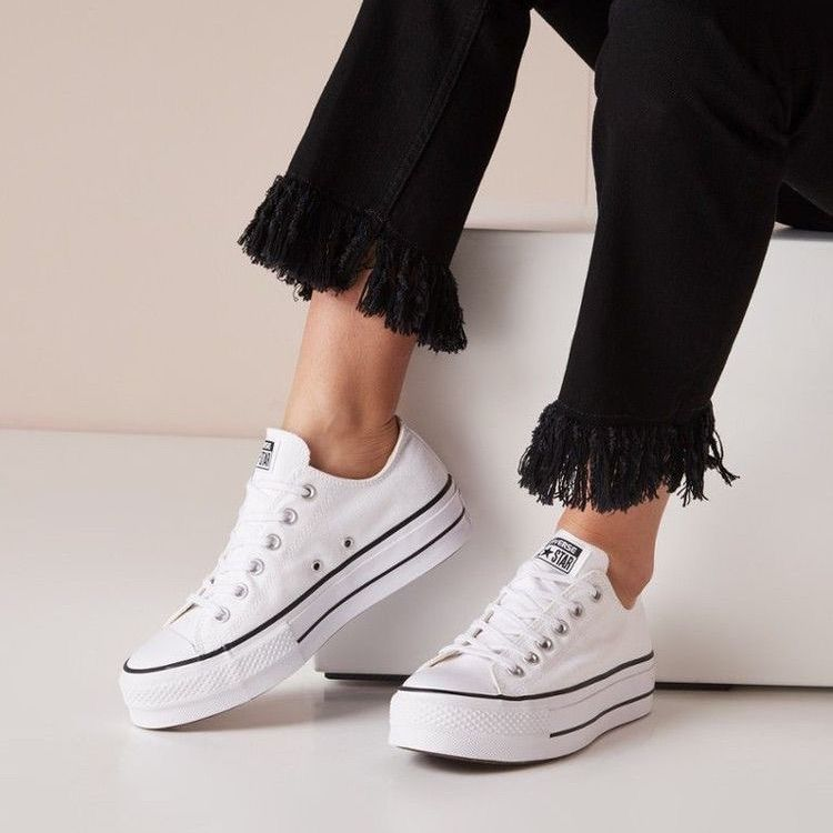 White Platform Converse Platform Sneakers Outfit Chic Sneakers All Star Shoes