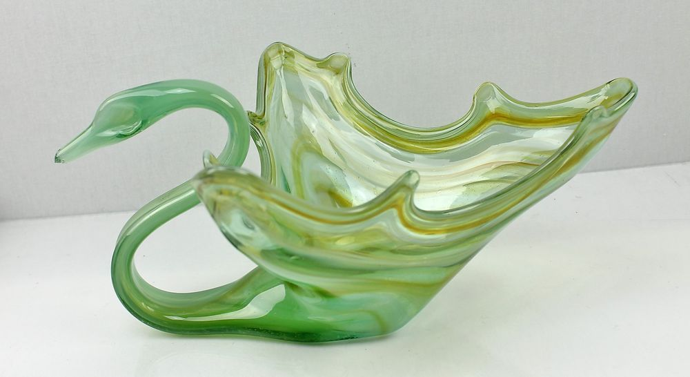 Vintage Italian Murano Style Green Swan Bowl Dish Centerpiece Art Glass Swan Bowl Green Swan Glass Art