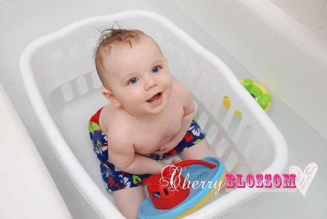 Baby Bath Laundry Basket In The Bathtub This Would Be Helpful